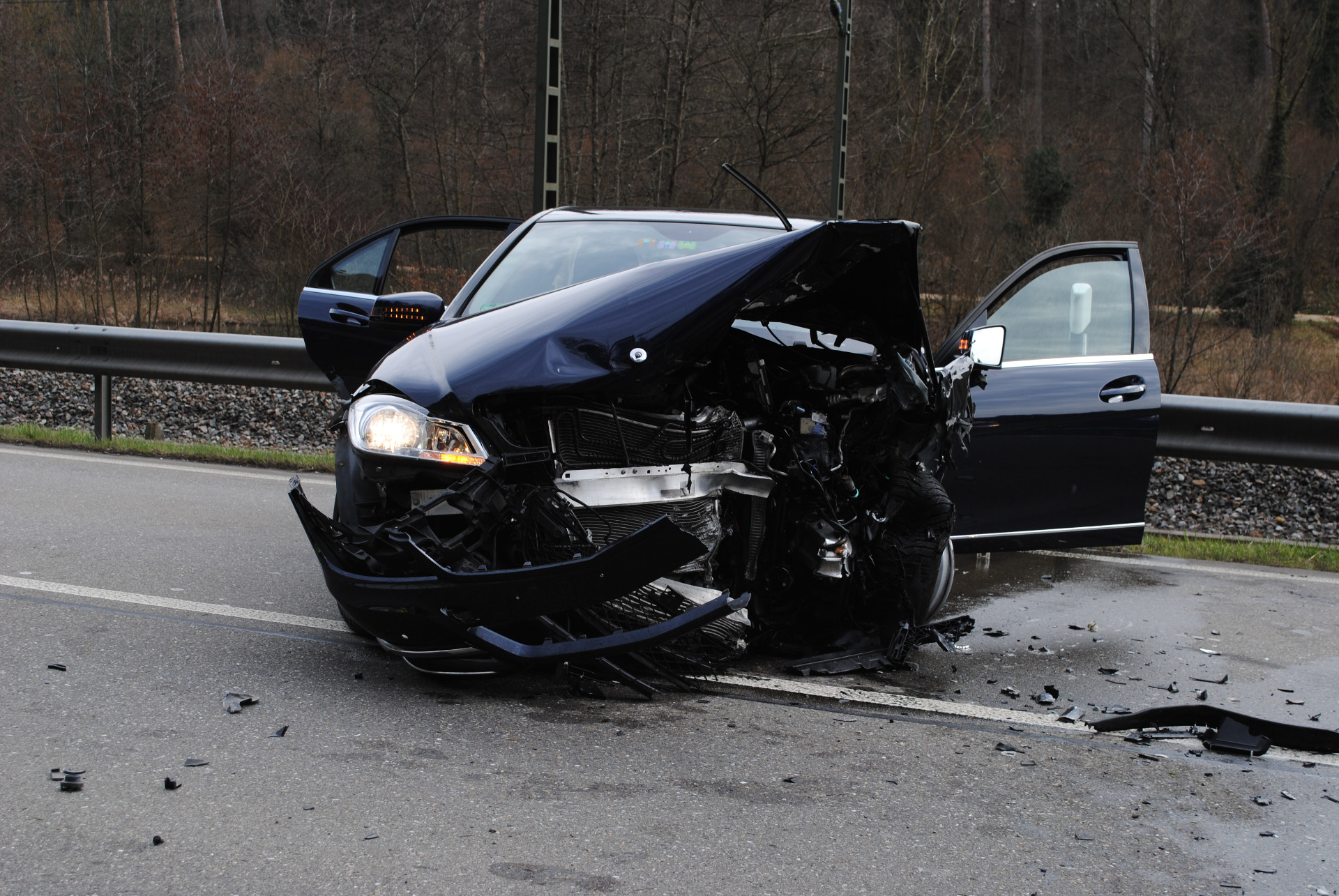 Erneut schwerer Verkehrsunfall auf der J15 | Schaffhauser Nachrichten