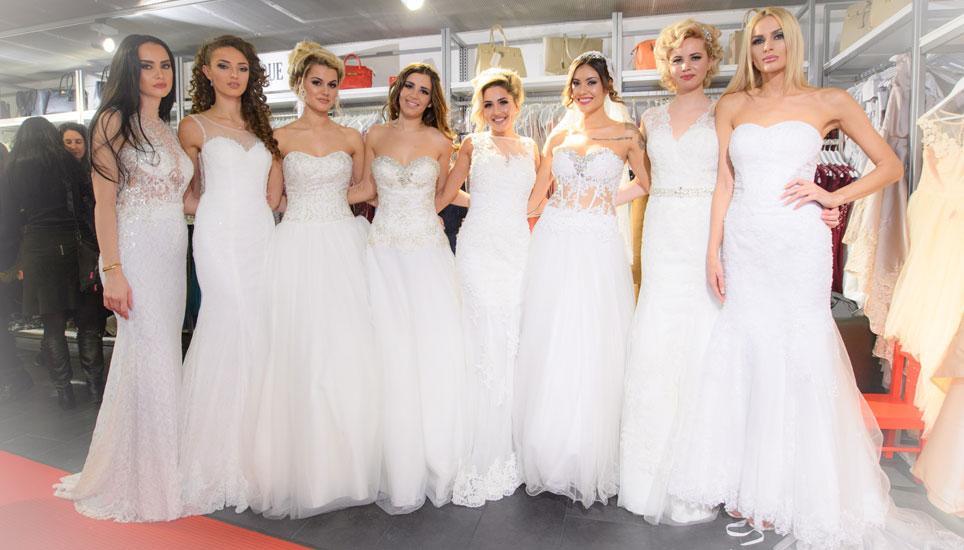 In Weissen Brautkleidern Auf Rotem Teppich Schaffhauser Nachrichten