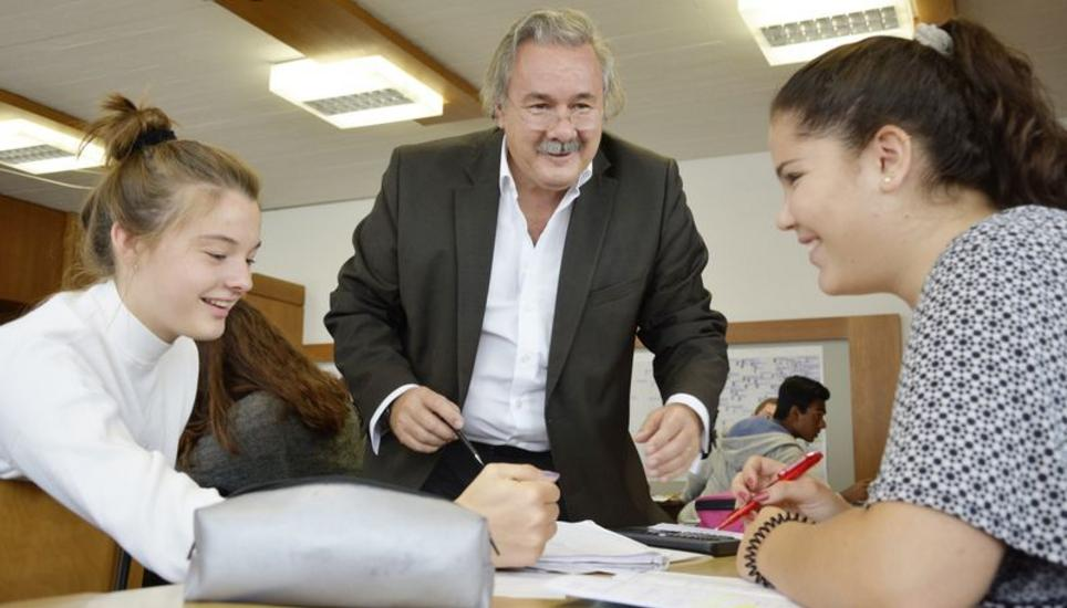 Einmal Note sechs für Kanti-Lehrer | Schaffhauser Nachrichten